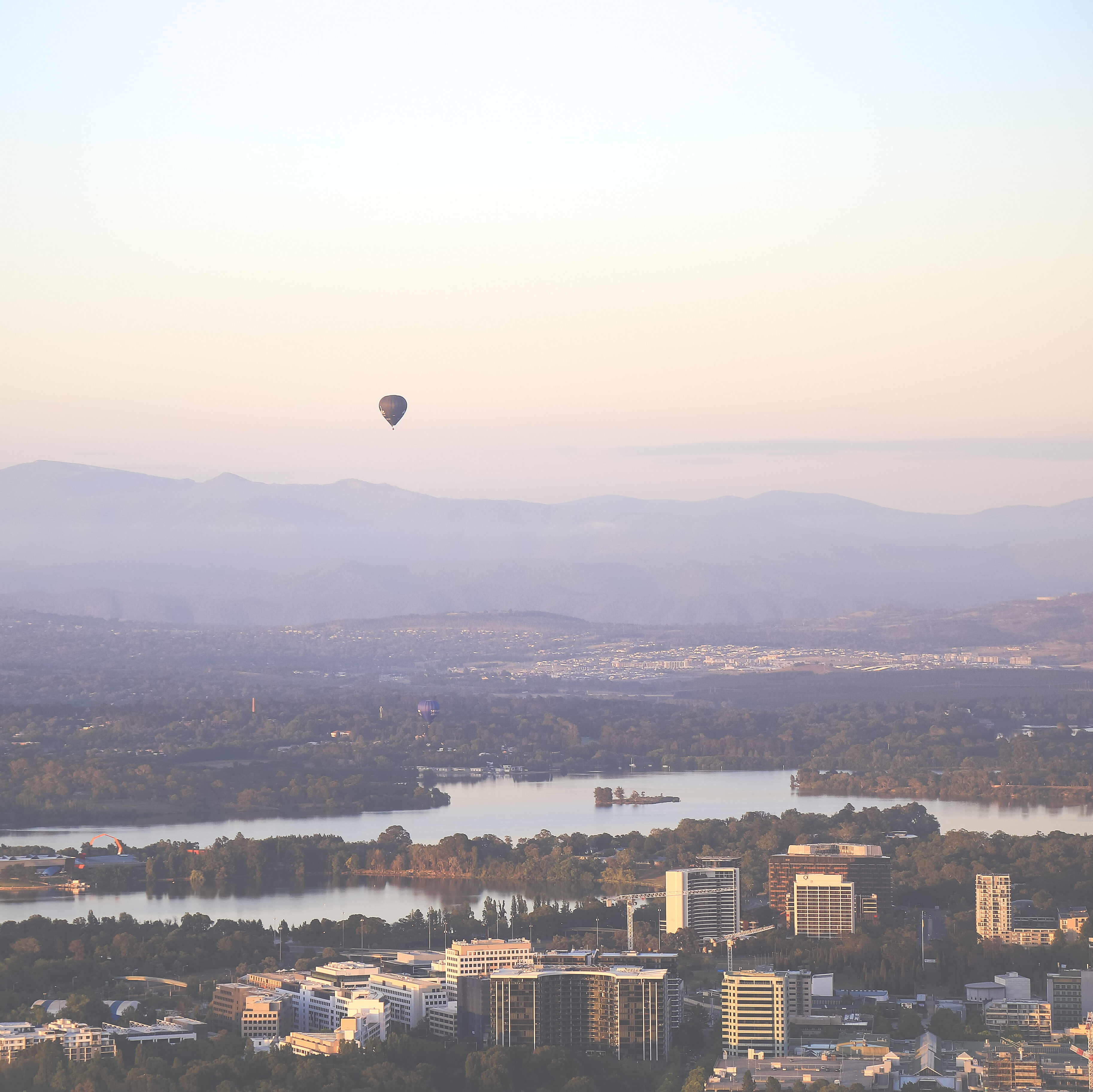 Canberra hot air balloons in sky